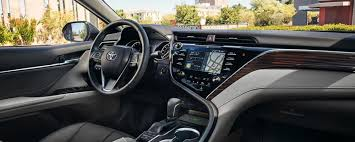2019 toyota camry interior features