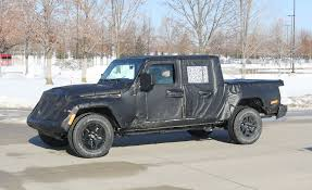 the jeep wrangler pickup truck is ing soon gladiator release date details