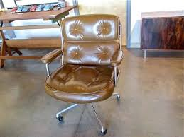 eames executive chair time life executive chair eames soft pad executive chair dimensions
