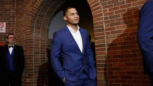 Willson Contreras at the Bricks & Ivy Ball | Cubs players, Navy pier, Cubs