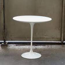 laminate coffee table by eero saarinen