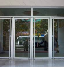 diffe types of aluminum entrance doors