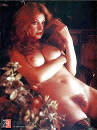 Elvira Naked Cassandra Peterson