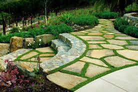 patio pavers with grass in between. Garden Stone Pathway Ideas-03-1 Kindesign Patio Pavers With Grass In Between