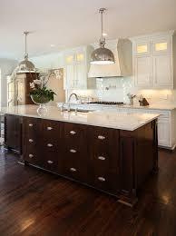 custom kitchen cabinets design. kitchen island design. large custom island. #kitchenisland #kitchenislanddesign cabinets design