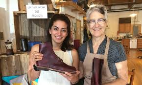meet sara mcintosh of chicago school of shoemaking leather arts in ravenswood