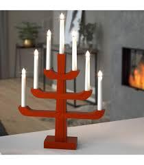 chandelier suédois en bois rouge laqué 7 ampoules