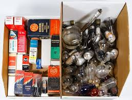 17 parasta ideaa electric box issä lot 493 radio tube and electric light bulb assortment 82 items including