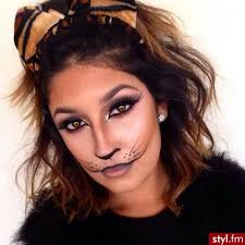 simple cat makeup idea for hallowee