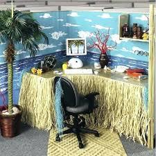 office cube decor. Cubicle Decorations Office Cube Decor S