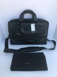 tumi slim deluxe portfolio black leather briefcase nwt and dustbag 96101dh