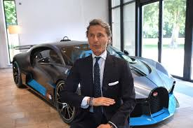 Without the limiter, bugatti claims that the car can attain a maximum speed in excess of 483 km/h (300 mph). Bugatti Touts Green Ambitions While Storming Full Speed Ahead