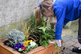 Garden Design For Visually Impaired An Excellent Spring Activity For Visually Impaired Kiddos