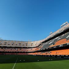 Valencia vs Real Madrid 2021 live stream: Time, TV channels and how to  watch La Liga online - Managing Madrid