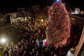 Where To See Christmas Lights In Rhode Island 5 Cant Miss Christmas Tree Lightings In Rhode Island