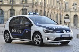 La police parisienne roule en voiture électrique !