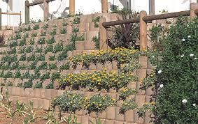 retaining walls sans10400 building