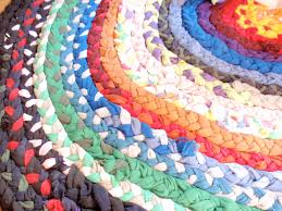 Fabric Rug Diy Friday Project Braided T Shirt Rag Rug Do Small Things With Love