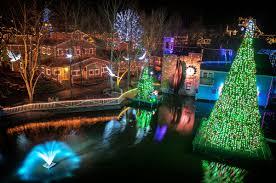 Dollywood Christmas Lights 2019 Dollywood Hosts Light The Way 5k Walk Run Nov 16