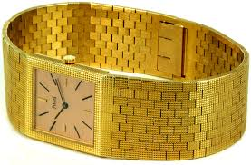 welcome to rolexmagazine com home of jake s rolex world magazine a rolex but a piaget model similar to the one pictured below in the future i will continue to explore this issue until i can make a positive id