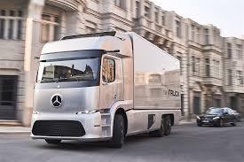 2018 tesla semi truck. contemporary truck tesla semi truck unveiling postponed ev maker back to its old ways   autoevolution and 2018 tesla semi truck r