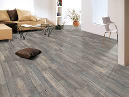 Wie reinigt man laminatboden, vinylboden oder designboden? Vinylboden Laminat Richtig Verlegen Globus Baumarkt