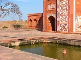 akbar s tomb garden at sikandra gardenvisit com