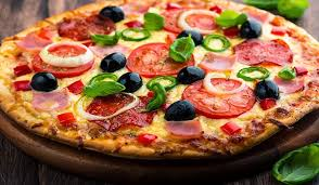 Pizza - Một trong món ăn nhanh của người Mỹ
