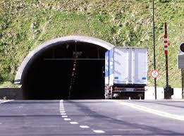 Oslofjordtunnelen stengt etter feil på viftesystemet. Oslofjordtunnelen Nyheter Vil Bygge Ny Tunnel Ved Siden Av Oslofjordtunnelen