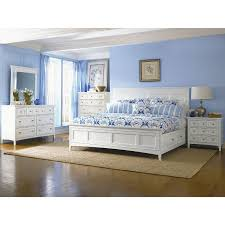 Classic Traditional White 4 Piece Queen Bedroom Set - Kentwood | RC ...