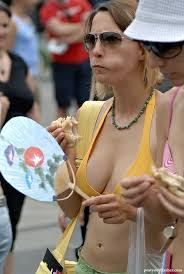 Nude women amateur candid