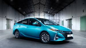All-New Toyota Prius Plug-in Hybrid - Toyota Long Mile