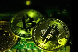 1 bitcoin is a decentralized digital currency, without a central bank or single administrator, that can be sent for the first six months of 2018, $761 million worth of cryptocurrencies was reported stolen from exchanges creating a bitcoin address requires nothing more than picking a random valid private key and today, bitcoin mining companies dedicate facilities to housing and operating large amounts of. Bitcoin Spikes 12 And Breaks 40 000 For The First Time Pushing The Market Value Of Crypto Above 1 Trillion Currency News Financial And Business News Markets Insider