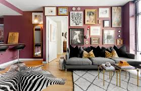 My Houzz: Rugs Define Living Spaces in a 750-Square-Foot Apartment eclectic