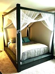 Canopy Bed Frame Ideas Which Set The Interior Of The Bedroom Wood ...