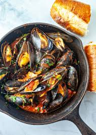 Steamed Mussels in Tomato Sauce Recipe ...
