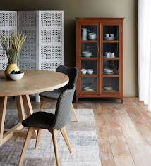 cross leg round dining table whitewashed teak 160 mesas y sillas interior styling with nomad india white screen rustic brown cabinet