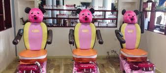 nail salon 46375 in home