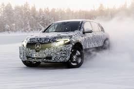 Будущий кроссовер <b>Mercedes</b> EQC: испытания холодом ...