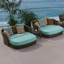 Make your outdoor look great using Outdoor garden furniture