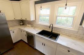 laminate kitchen countertops with white cabinets. Brilliant White Kitchen With Antique White Cabinets And Laminate Countertops  Granite Look And Laminate Kitchen Countertops With White Cabinets E