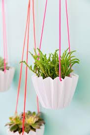 5-minute-DIY-hanging-planter ...