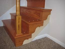 installing laminate flooring at top of stairs