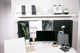 ways to decorate an office. Cubicle 1: Down To Black And White Business Ways Decorate An Office