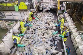 อินโดรามา เวนเจอร์ส โชว์ศักยภาพโรงงานรีไซเคิลโพลีเอสเตอร์แห่งแรกในไทย -  plas-pack