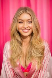 Best 25+ Victoria secret hairstyles ideas on Pinterest | Victoria ...