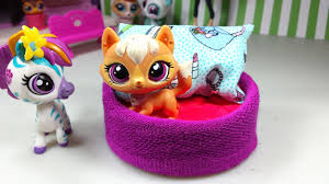 easy diy custom lps doll accessories how to make a tiny pet dog bed dollhouse furniture