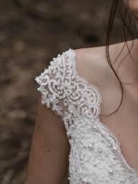 <b>French</b> / <b>Beaded Lace</b>