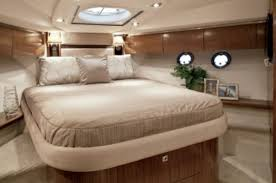 cruisers yachts sports coupe reviews performance cruisers yachts 540 sports coupe