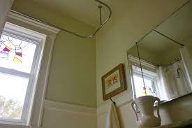 painting bathroom ceiling same color as